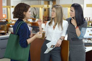 He_s_just_not_that_into_you_movie_image_jennifer_connelly__jennifer_aniston