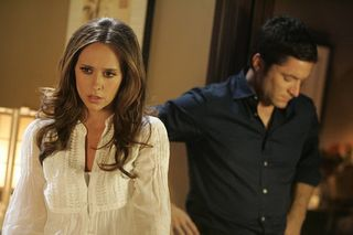 Season-3-ep18-ghost-whisperer-1455578-450-300